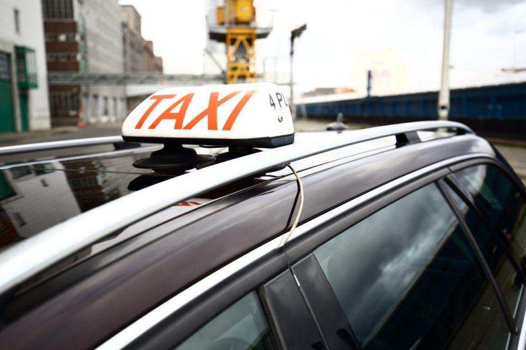 taxi schilde